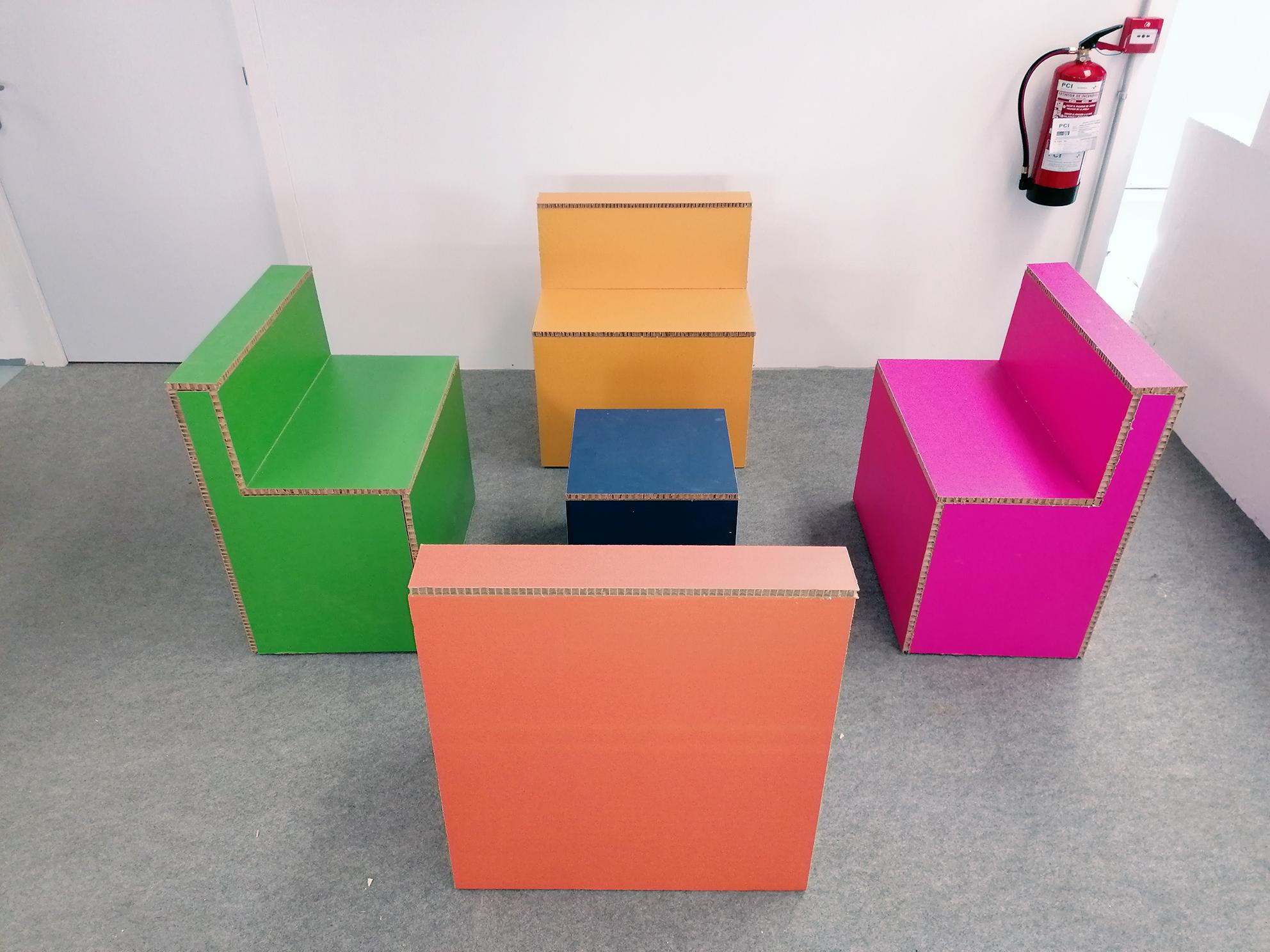 https://www.doblemeventos.com/mobiliario-de-carton-en-cantabria-diseno-de-mobiliario/
